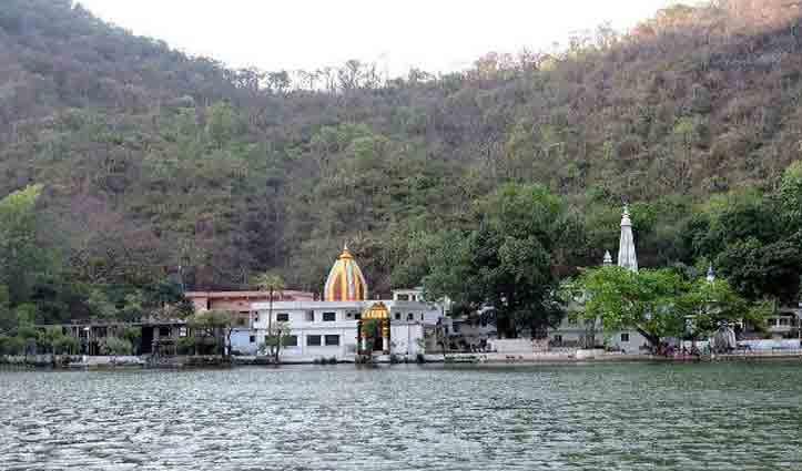 Himachal: मोबाइल और सामान किनारे पर रखकर रेणुका झील में कूद गया 24 वर्षीय युवक