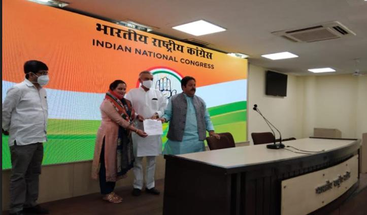 Sirmaur: बीजेपी नेत्री रही दयाल प्यारी Congress में शामिल, आजाद लड़ा था चुनाव