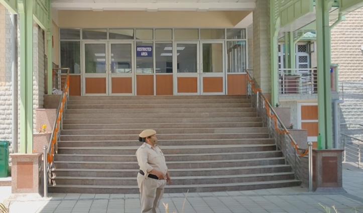 Himachal में अब इस अस्पताल को बनाया डेडिकेटेड कोविड हेल्थ सेंटर, दो मरीज किए भर्ती
