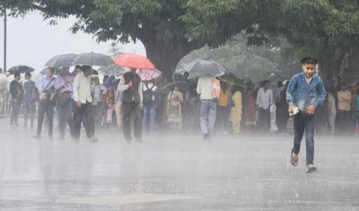 Himachal में बारिश ने तोड़े सारे रिकॉर्ड, अब कब करवट बदलेगा मौसम- जानिए
