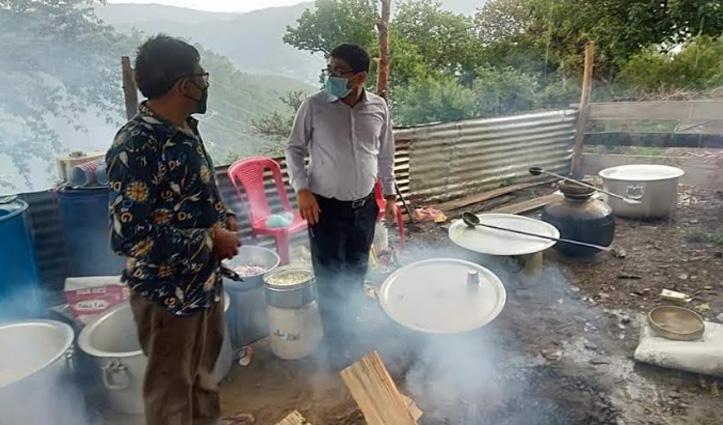 Himachal : शादी में पक रही थी धाम, अचानक पहुंचे SDM, फिर देखें क्या हुआ