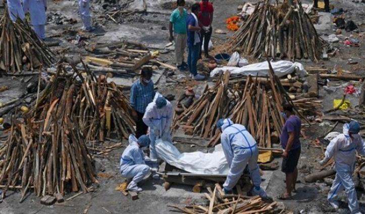 कोरोना चार लाख के पार-Covid Care Center में आग से 12 मरे,  शहाबुद्दीन की कोरोना से मौत
