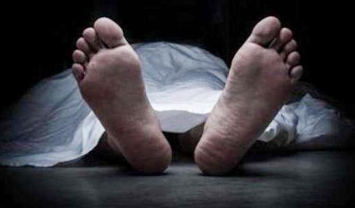 हिमाचल में क्रशर मशीन की चपेट आया कामगार, खाई में गिरी कार चार पहुंचे अस्पताल