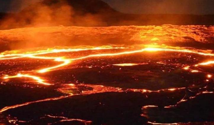 दुनिया का है ये वो देश जहां आसमान से होती है आग की बारिश