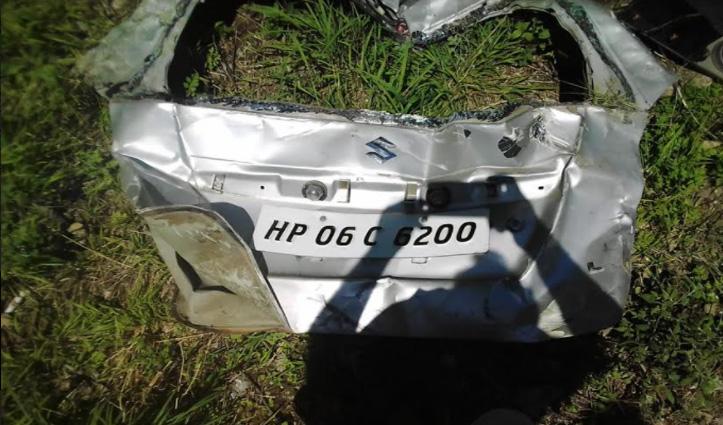 Kullu: तिहणी-दलाश मार्ग पर खाई में गिरी कार, पांच लोग थे सवार