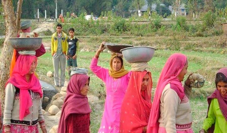 Sukhu बोले, कोरोना के दौरान MGNREGA मजदूरों को बिना काम के मिले दिहाड़ी