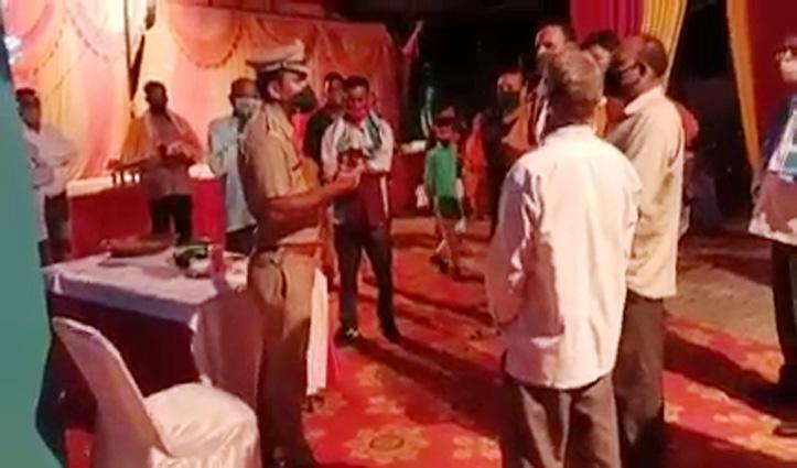 20 के बजाए 60 थे शादी में मौजूद-पांच हजार देकर बचाई जान-देखें Video