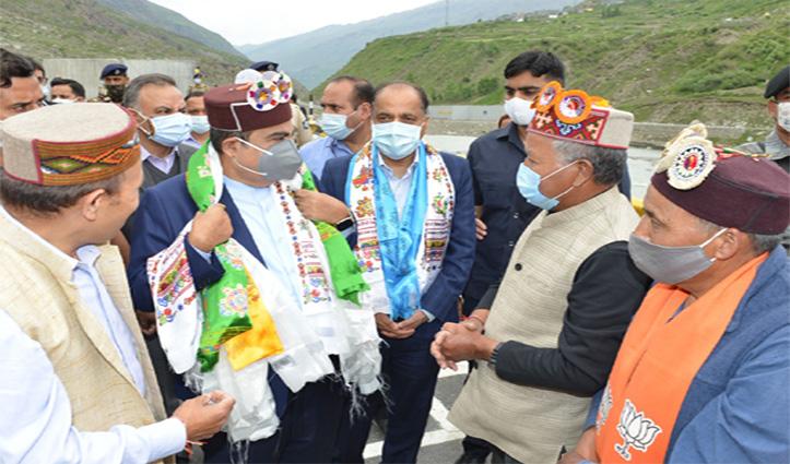Union Minister Nitin Gadkari and CM Jai Ram visit Atal Tunnel Rohtang