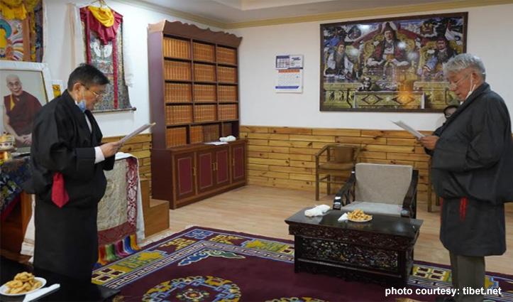 तिब्बती संसद के प्रोटेम स्पीकर बने दावा सीरिंग-सदस्यों ने ली शपथ