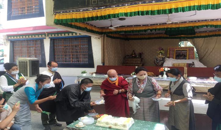 86 वें साल में दलाई लामा, धर्मशाला में आधिकारिक कार्यक्रम,दिल्ली में प्रार्थना