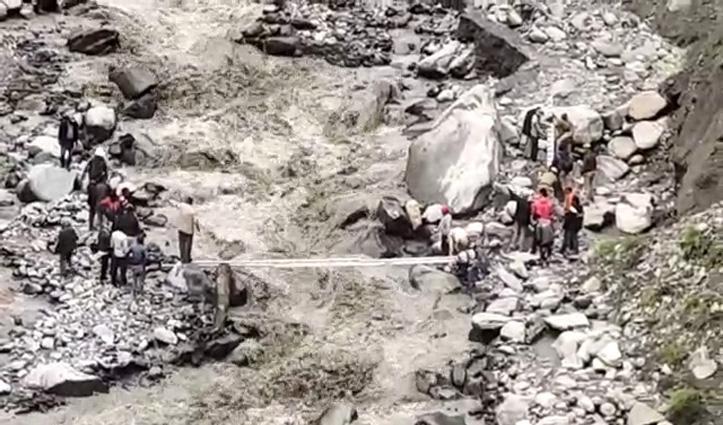 लाहुल की पट्टन वैली में फंसे 221 लोगः मौसम बना बाधा, नहीं हो पाई उड़ान