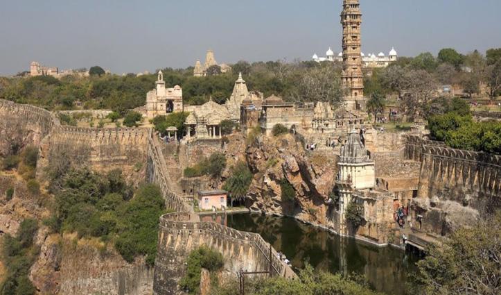 राजस्थान के चित्तौड़गढ़ किले की कहानी, जिसे महाभारत काल से जोड़ा जाता है