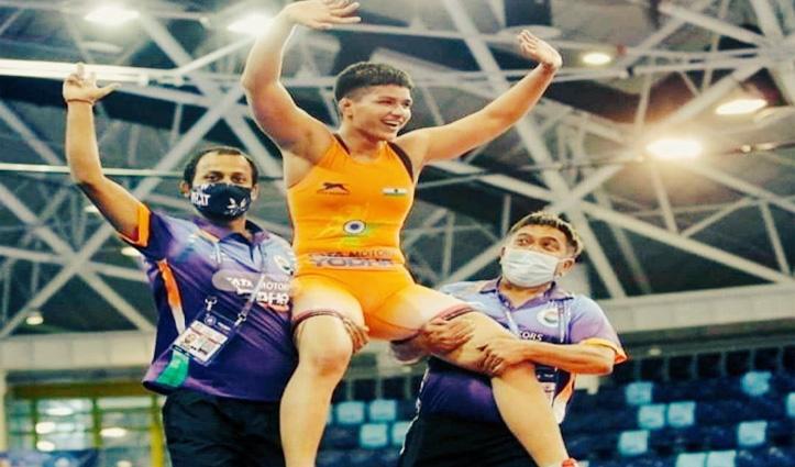 देश की बेटी प्रिया मलिक ने विश्व कैडेट चैंपियनशिप में जीता गोल्ड मेडल