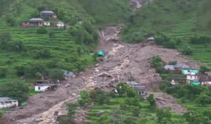 शाहपुर की बोह घाटी में भूस्खलन की चपेट में आए 6 घर- एक शव मिला , 12 लापता