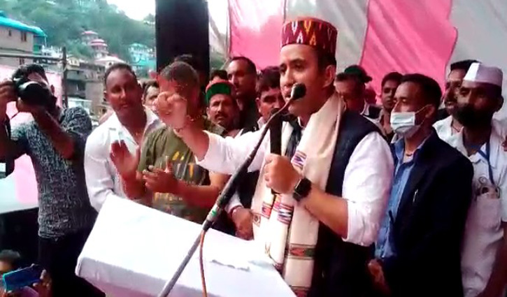 जयराम ठाकुर पर बरसे विक्रमादित्य सिंह, बोले-क्षेत्र को बांटने का काम ना करें सीएम