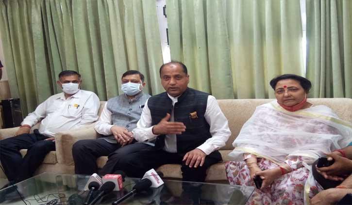 वीरभद्र सिंह के जाने के बाद कांग्रेस की हिमाचल में कोई पहचान नहीं