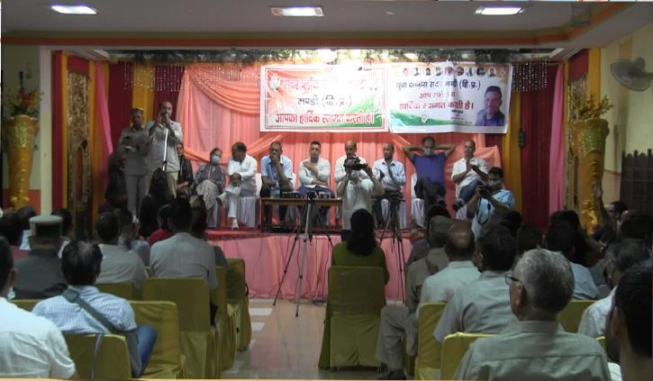 मंडी उपचुनाव से पहले कांग्रेस टिकट के लिए चिकचिक, अब आश्रय शर्मा भी कूदे
