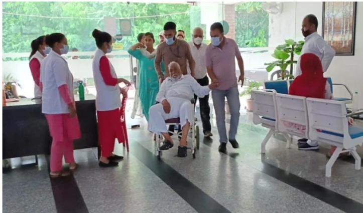 BJP अध्यक्ष जेपी नड्डा के पिता प्रो. नारायण लाल नड्डा अस्पताल में भर्ती