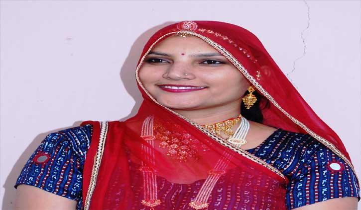 गांव की गलियों से निकल कर कैसे बनी फैशनिस्टा राजस्थान की रूमा देवी