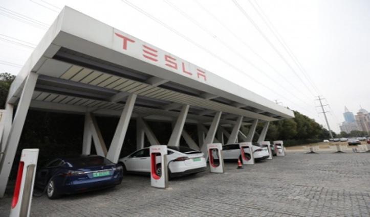 टेस्ला मॉडल वाई इलेक्ट्रिक एसयूवी के पांच और एडिशन को करेंगी तैयार