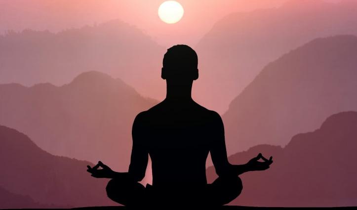 हिमाचल के स्कूल और कॉलेजों में होगी अब योग की पढ़ाई, सिलेबस तैयार