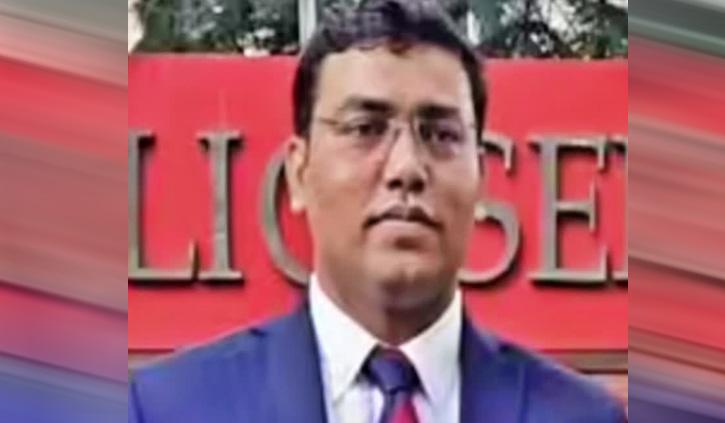 पिता के साथ स्कूल में पकौड़े बेचते थे अल्ताफ, अब बने IPS ऑफिसर