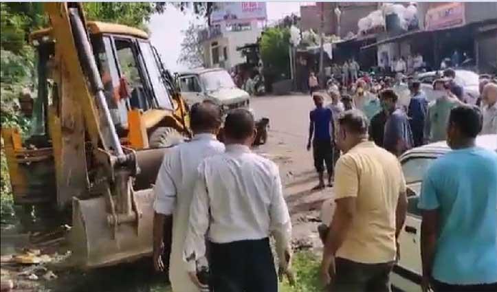 चंडीगढ़-मनाली एनएच पर अवैध रूप से कबाड़ रखने वालों की आई शामत