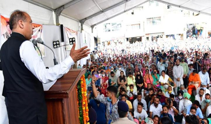 सीएम जयराम ने सोलन में करोड़ों की सौगात के साथ कांग्रेस पर भी साधा निशाना, जाने क्या कहा
