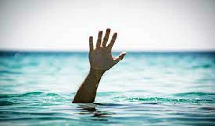 पानी में डूब रही महिला के लिए देवदूत बनकर आया प्रवासी मजदूर, पर बच्चे की नहीं बची जान