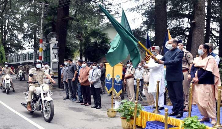 हिमाचल पुलिस अब बुलेट पर करेगी गश्त, सीएम जयराम ने 61 वाहनों को दिखाई हरी झंडी