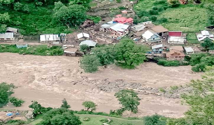 बारामूला में बादल फटने से परिवार के 4 सदस्यों की मौत, एक लापता
