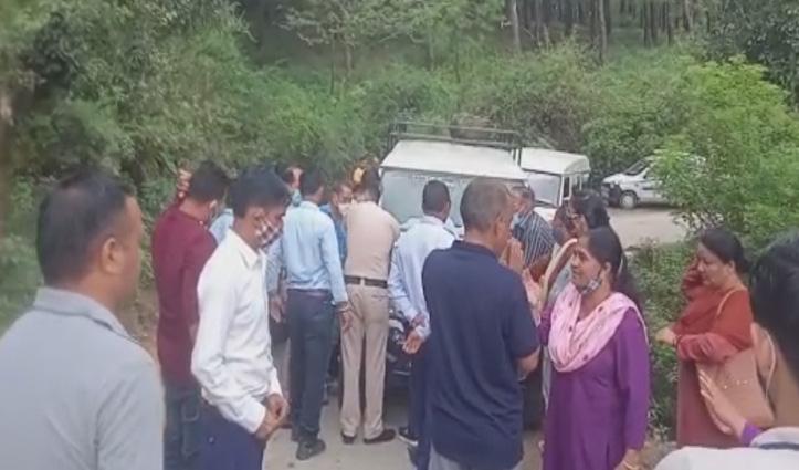 हिमाचल: निजी वाहन में सवारियां ढोने पर हुआ हंगामा, मौके पर पहुंची पुलिस; जानें पूरी कहानी