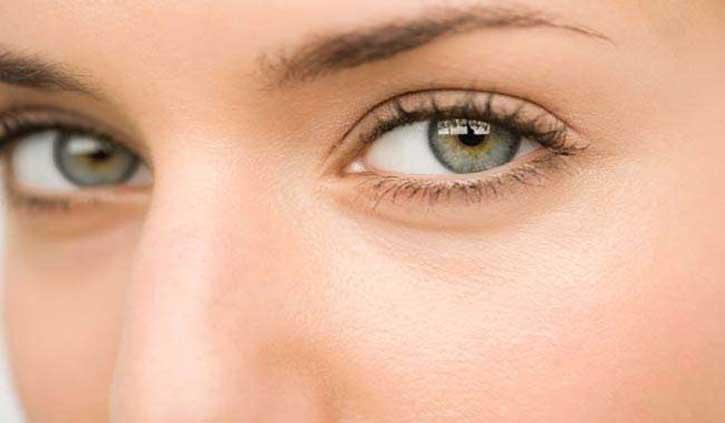 आंखों की रोशनी बढ़ाना चाहते हैं तो अपनी डाइट में शामिल करें ये चीजें
