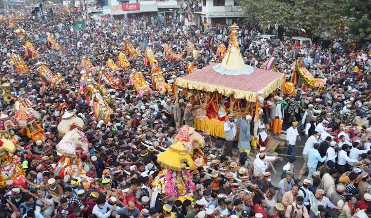 कुल्लू दशहरा : भगवान रघुनाथ की भव्य रथ यात्रा के साथ अंतरराष्ट्रीय दशहरा का आगाज