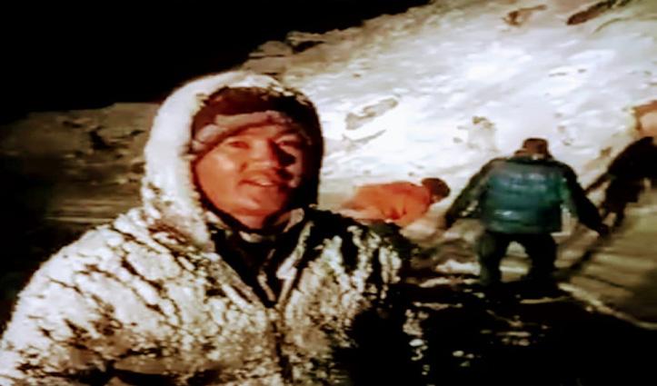हिमाचल: भारी बर्फबारी में फंसे पर्यटकों के लिए फरिश्ता बनें लोसर के युवा