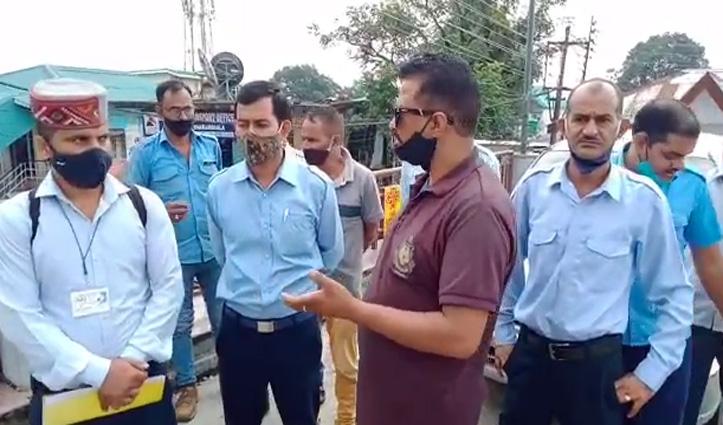 हिमाचल: बाहरी राज्यों की गाड़ियों के अवैध संचालन पर टैक्सी-मैक्सी एसोसिएशन का हल्ला बोल